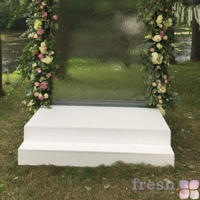 подиум для свадьбы для арки