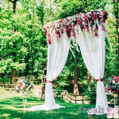 гигантская свадебная арка